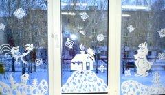 Зимняя сказка на окнах
