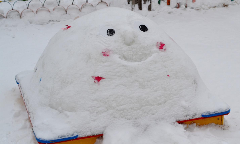 Сделать горку из снега своими руками 17